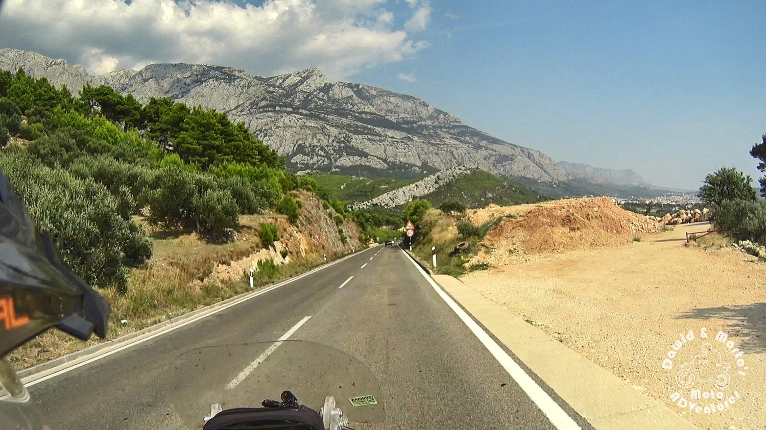 Adriatic Highway past Krvavica and before Makarska