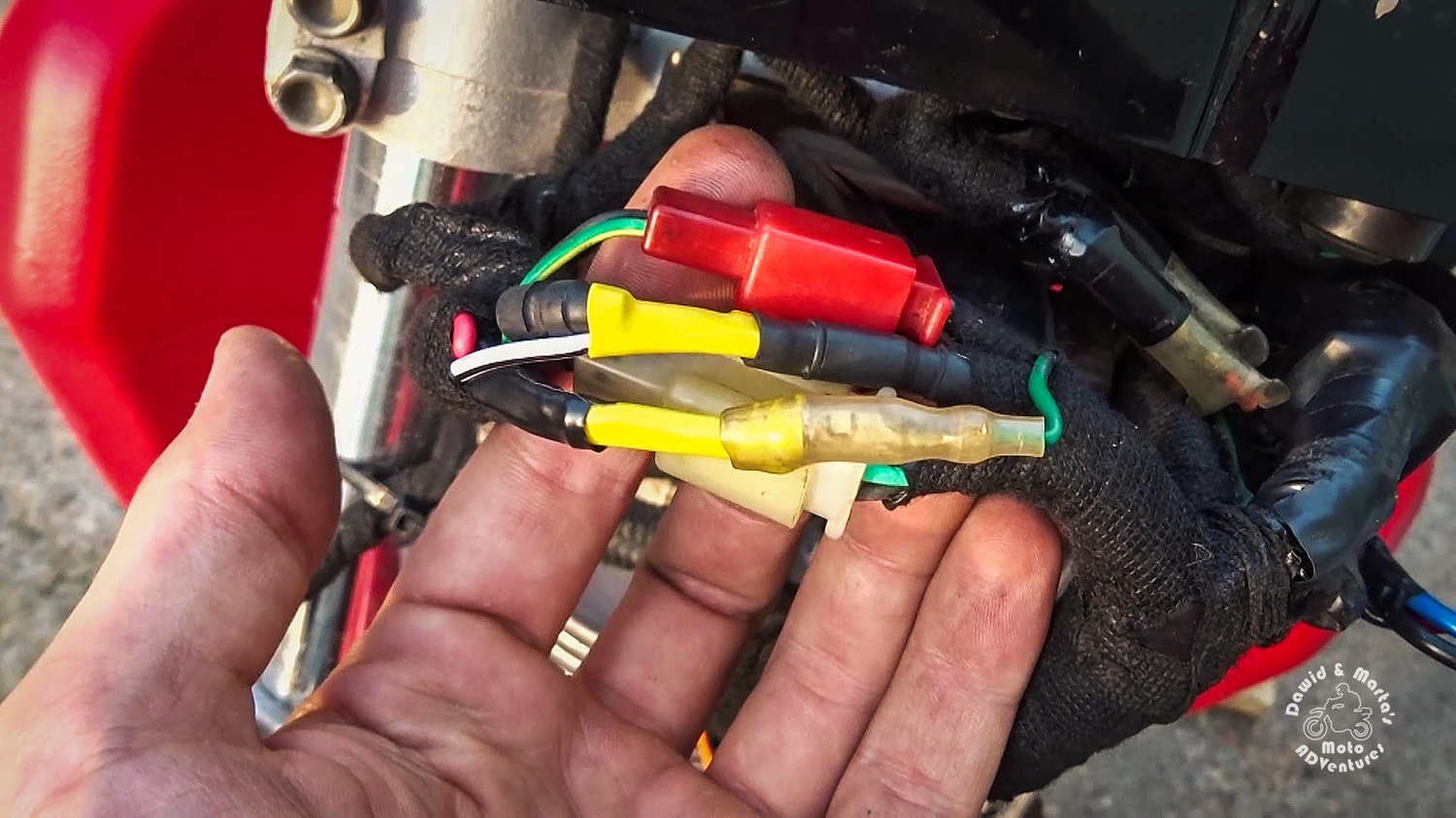 Connecting ignition switch in Honda XR400