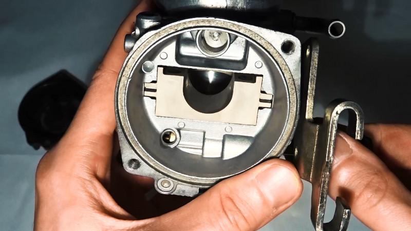 DR350S Mikuni BST33SS choke valve with half choke